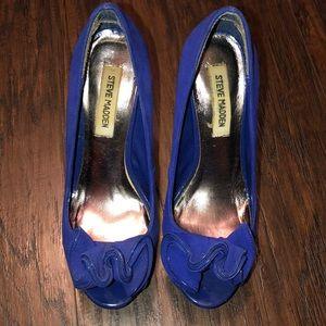 """Steve Madden """"Regaal"""" Blue suede heels"""